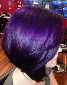 43 Amazing Dark Purple Hair, Balayage/Ombre/violet - New Hair Styles 2018 Dark Purple Hair Color, Ombre Hair Color, Cool Hair Color, Hair Colors, Short Purple Hair, Purple Bob, Purple Pixie, Purple Lilac, Blue Ombre