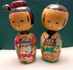 Add a few more vintage kokeshi dolls to my collection..... Just a few:)