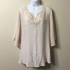 Spense Woman Size 1X Top Light cream color . New no tag Spense Tops