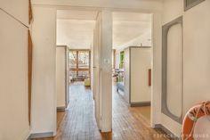 Visite d'un appartement de la Cité Radieuse du Corbusier Le Corbusier, World Heritage Sites, Architecture Design, Mid Century, Loin, Modern, Furniture, House, Home Decor