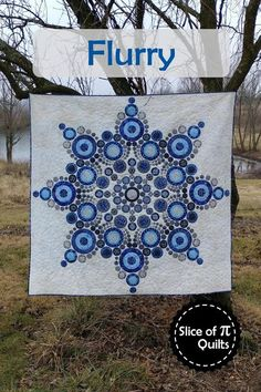 Flurry quilt pattern by Slice of Pi Quilts; Modern snowflake quilt using Island Batik Alpine Ice fabrics Circle Quilt Patterns, Circle Quilts, Modern Quilt Patterns, Applique Patterns, Applique Quilts, Quilt Blocks, Applique Ideas, Star Quilts, Star Blocks