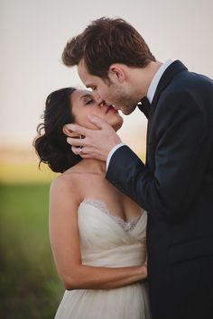Kiss the Bride | Stephanie W Photography | Bridal Musings Wedding Blog