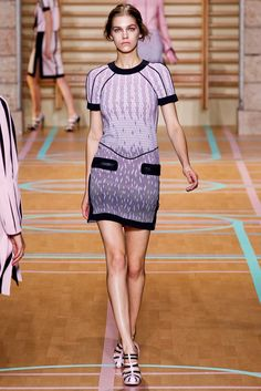 Versus Versace Spring 2012 Ready-to-Wear Fashion Show - Samantha Gradoville