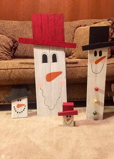 Wooden/reclaimed pallet snowman by HolleysHandcrafted on Etsy
