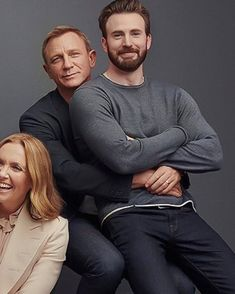 Jealous?.igchrisevans is sharing instagram posts and you can see  pictures video posts and on this media post page. Chris Evans Beard, Team Cap, Chris Evans Captain America, International Film Festival, Robert Downey Jr, Attractive Men, Good People, Picture Video, Beautiful Men