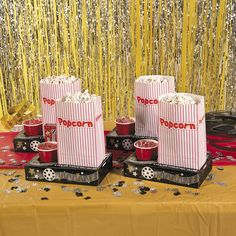 Your family movie night will be complete with these Premier Movie Night Snack Trays! Perfect for sleepovers, birthday parties, or just a night streaming Netflix, these trays will keep all your must-have snacks organized and by your side. Includes a cup holder, a pocket to hold your popcorn and a place for your box candy. Get ready, it's showtime!