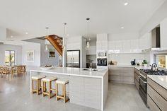 7 6141 Ocean Foam™ - Mincove Homes