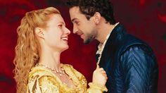 Shakespeare apasionado (Shakespeare in love) es una de las películas románticas más bellas del cine contemporáneo. Fue filmada en Londres y otras locaciones de Gran Bretaña en 1998. Drigida por John Madden. Multi ganadora de varios premios Oscar, mejor fotografía, mejor actríz protagonista, mejor actríz de reparto, música original, dirección de arte, etc. Fue interpretada …
