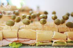 Petisco chá - Sanduíche em metro ou mini sanduiches                                                                                                                                                     Mais