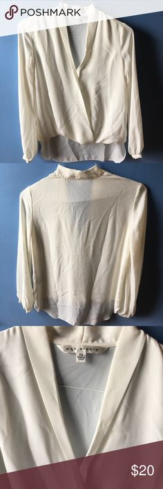 Cream Max Studio blouse Super cute cream blouse from Max Studio. Worn once but didn't like the way it looked on me. Could be dressed up or down Tops Blouses