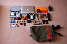 https://flic.kr/p/8tYbJm | Stuff in my Bag | Time for the semi-annual clear-out of the giant Crumper.