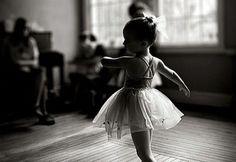 Ballet Girl that looks like Chloé