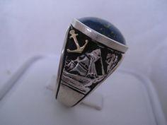 Mira este artículo en mi tienda de Etsy: https://www.etsy.com/listing/181995188/lapis-lazuli-18k-solid-gold-silver-ring