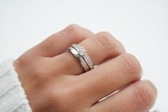 Himla by Schalins Engagement Ring For Her, Princess Cut Engagement Rings, Beautiful Engagement Rings, Engagement Ring Styles, Vintage Engagement Rings, Wedding Accessories, Wedding Jewelry, Classic Wedding Rings, Ring Verlobung