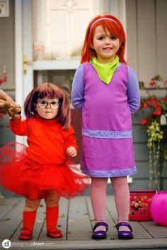 Happy Halloween - DIY Scooby Doo Gang Costumes