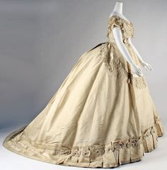 They knew how to dress back then.