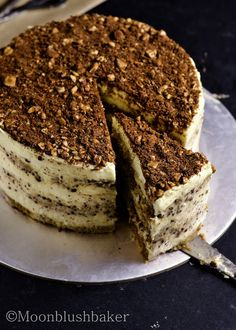 Bubble wrap era/-/ Hazel nut tiramisu cake | The moonblush Baker