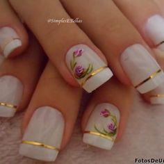 These look like lovely vintage tea cups! Gold striping tape + floral accents on white nails. Pretty Nails, Fun Nails, Valentine Heart, White Nails, Manicure And Pedicure, Nail Art Designs, Nail Polish, Cute Hairstyles, Floral