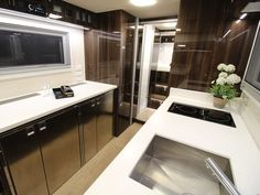 One of the World's Largest RVs Is This Two-Story RV Roaming Australia Luxury Campers, Luxury Vehicle, New York City Apartment, Floating Stairs, Tiny Apartments, Expedition Vehicle, Functional Kitchen, Lounge Areas, Motorhome