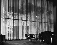 Richard Neutra - The Lovell Health House - Los Angeles, 1927.