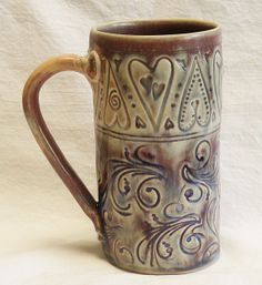 ceramic floral & hearts coffee mug stoneware from desertNOVA on Etsy. Saved to pottery. Slab Pottery, Pottery Mugs, Ceramic Pottery, Thrown Pottery, Stoneware Mugs, Ceramic Cups, Ceramic Art, Coffee Heart, Coffee Mugs