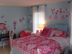 Teen bedroom on pinterest hot pink aqua and upholstered for 8 year old bedroom ideas girl