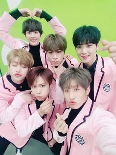 Astro Wanna Be Your Star