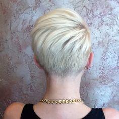 Short undercut. Looks kinda like Miley, maybe? Well I like it anyway. Great start to the undercut look I want.