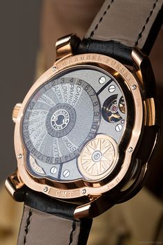 The Greubel Forsey 'GMT'. 3D rotating globe for different time zones, an inclined tourbillon and a great case