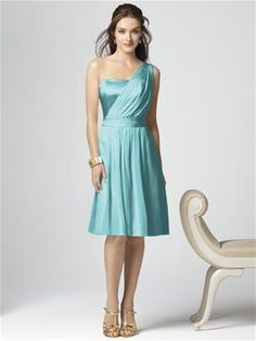 So chic for a bridesmaid, change the shoes for cute peep toe.