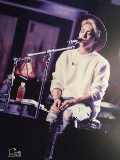 the story by #jonghyun [epilogue] postcard #shinee #theagit