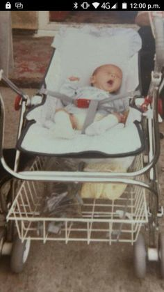 Mothercare Prams, Vintage Pram, Prams And Pushchairs, Baby Buggy, Sweet Memories, Baby Products, Kids And Parenting, Baby Items, Baby Car Seats