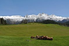 This view 😍We love seeing our hickory clubs being used around the globe. This shot was taken by Ueli Lamm at the pittoresque Kulm Golf Course, founded 1891 in St. Hickory Golf, Switzerland, Golf Courses, Globe, Shots, Community, Seasons, Awesome, Travel