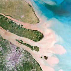 A delta in Shanghai and the Yangtze river estuary