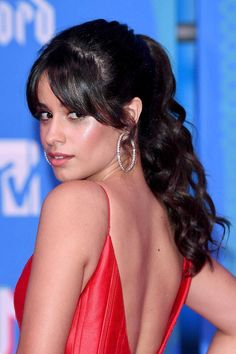 Curtain Bangs Hairstyles How To Style Curtain Bangs - curtain fringe hairstyles fringe hairstyles choppy Side Fringe Hairstyles, Fringe Haircut, Hairstyles With Bangs, Easy Hairstyles, Girl Hairstyles, Choppy Fringe, Bangs Hairstyle, Stylish Hairstyles, Hairstyle Ideas