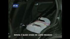 Criança em cadeirinha quase é levada por bandidos durante roubo de carro no Rio - Vídeos - R7