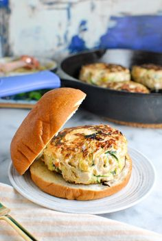 roasted garlic basil whole30 turkey burgers - just leave off the bun! a quick and easy dinner recipe. packed with flavor, protein, and we even snuck some veggies in there too! | thepikeplacekitchen.com