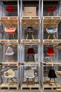 Eames chairs by vitra in milan, italy Diy Furniture Renovation, Diy Furniture Cheap, Diy Furniture Hacks, Home Decor Furniture, Luxury Furniture, Kids Furniture, Garden Furniture, Furniture Legs, Kitchen Furniture