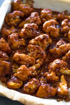 Baked Spicy Honey BBQ Cauliflower Wings Baked Spicy Honey BBQ Cauliflower WingsCrispy Baked cauliflower coated in a spicy honey bbq sauce! these cauliflower wings are so good it's Veggie Recipes, Vegetarian Recipes, Cooking Recipes, Healthy Recipes, Vegetarian Wings, Vegan Wings, Best Bbq Recipes, Pescatarian Recipes, Honey Recipes