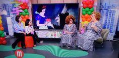 """""""Mulheres"""" leva """"mini Mamma Bruschetta"""" para comemorar o """"Dia das Crianças"""" #Apresentadora, #Carrossel, #Crianças, #Festa, #Funk, #Globo, #Mulheres, #Programa, #Sbt, #Tv, #TVGlobo http://popzone.tv/mulheres-leva-mini-mamma-bruschetta-para-comemorar-o-dia-das-criancas/"""