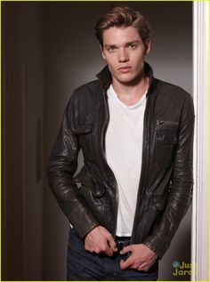 Dominic Sherwood Vampire Academy Christian Ozera. Playing Jace in Shadowhunters.