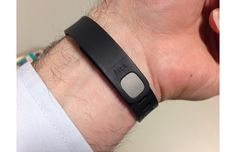 Some Fitbit Flex users have experienced problems with their device holding a charge after a few months of use. Here's what to do if that happens.