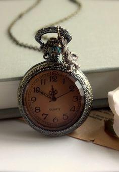 Tim Burton Style, Old Pocket Watches, Pocket Watch Necklace, White Rabbits, Vintage Pocket Watch, Vintage Watches, Cool Watches, Crystal Beads, Vintage Jewelry