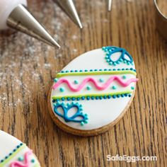 Traditional Rolled Sugar Cookies with Royal Icing | I want to do this! So pretty.