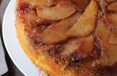 Pear & Apple Upside-Down Cake - Vegan - Vegetarian Recipe Vegan Vegetarian, Vegetarian Recipes, Apple Juice, Round Cakes, Cake Tins, Brown Sugar, Pear, Baking, Fruit