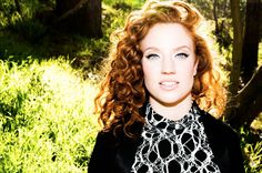 JESS GLYNNE Jess Glynne, Red Riding Hood, Burlesque, Screen Shot, Girl Crushes, Lady, Redheads, Red Hair, Famous People
