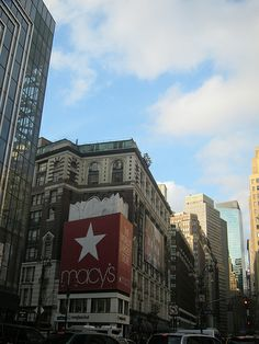 Macy's, Herald Sq, NYC; been here and shopped here!