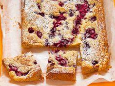 Makea piiras mehevöityy vadelmilla ja valkosuklaalla. http://www.yhteishyva.fi/ruoka-ja-reseptit/reseptit/valkosuklaa-vadelmaneliot/0153