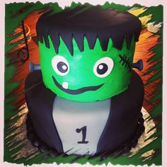 #frankenstein #cake #cute #cutecake #yummy #chocolate #birthdaycake #fondant #buttercream #frankensteincake #firstbirthdaycake