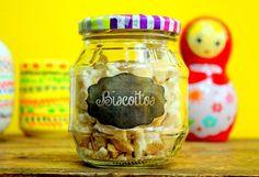Etiquetas adesivas personalizadas, faça você mesma - Blog do Elo7 Home Organization, Mason Jars, Arts And Crafts, Diy, Handmade, Blog, Biscuit, Dining Room, Kitchen